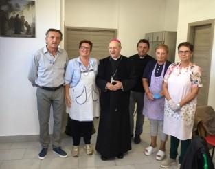 img_1017-mensa-con-vescovo